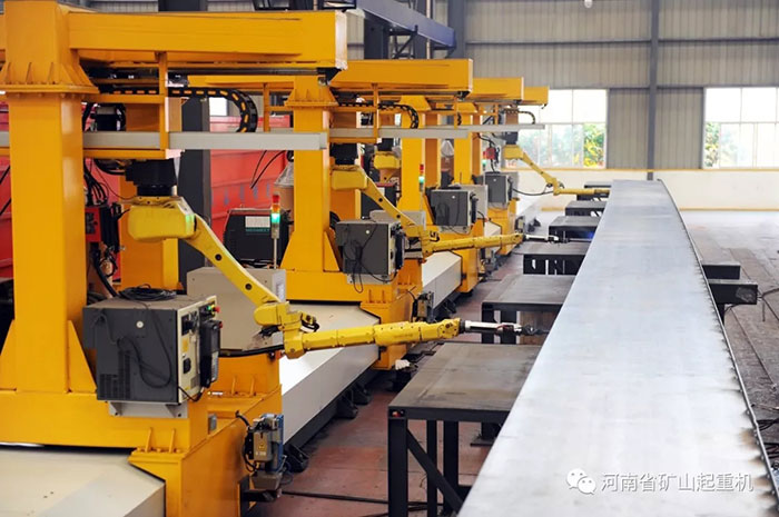 Henan Mine|Fully automatic double girder main girder inner seam welding robot welding workstation is here